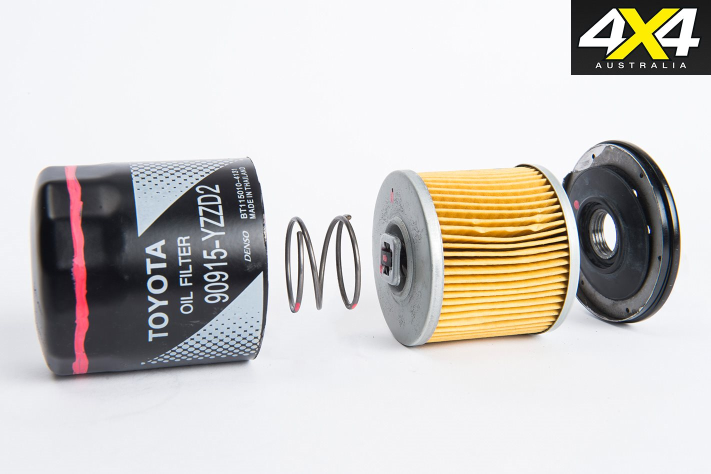 Counterfeit-Toyota-oil-filter-inside