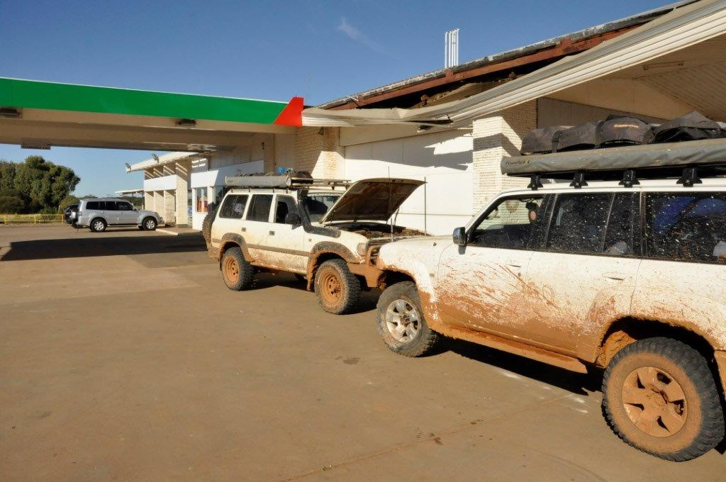 Fueling-up-at-Coolgardie