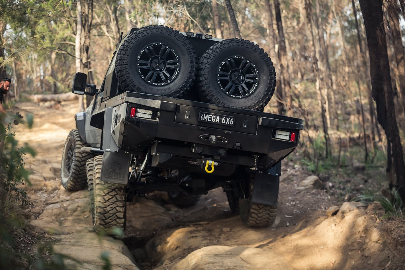 Patriot-Campers-6x6-Toyota-LC79-rear