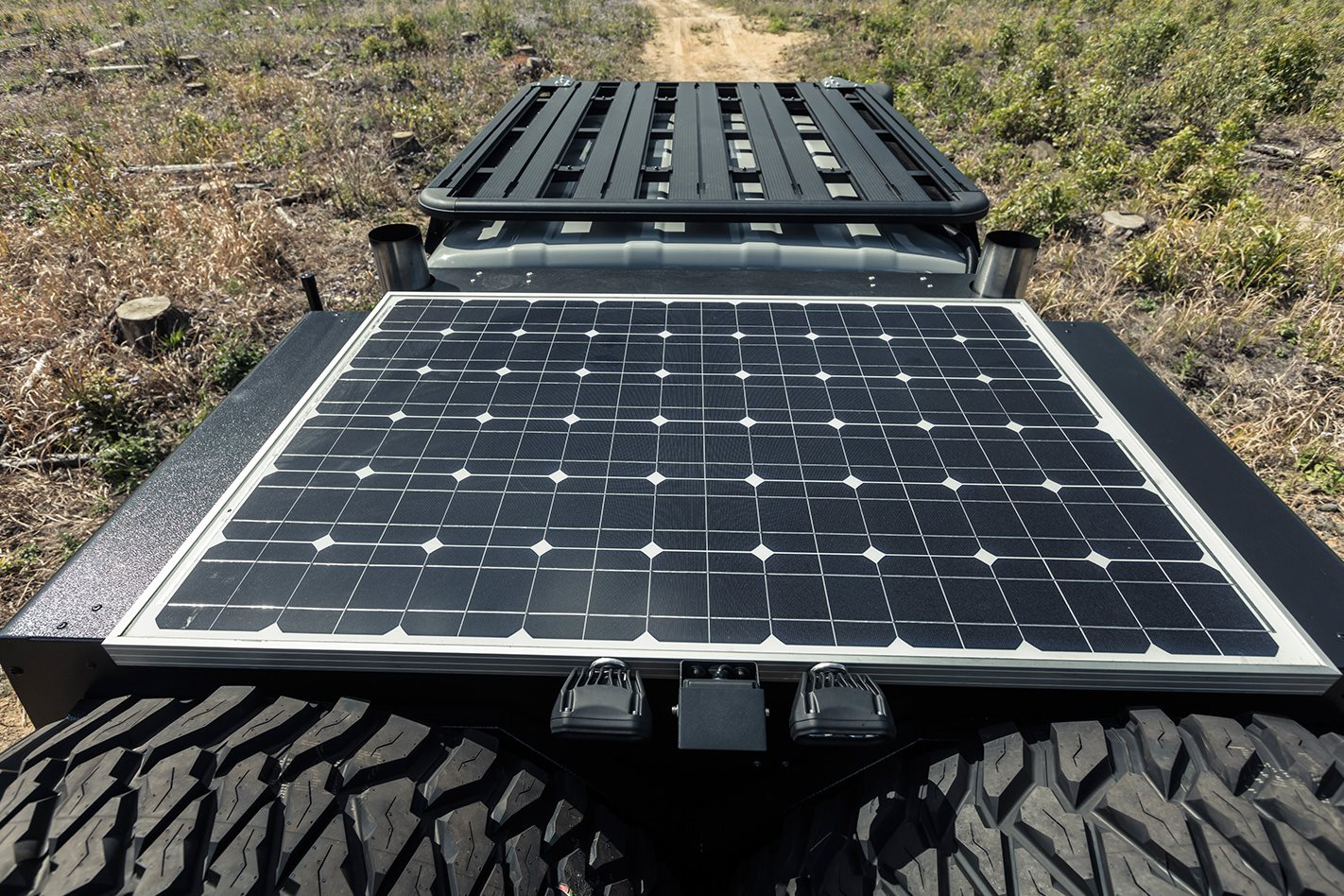 Patriot-Campers-6x6-Toyota-LC79-solar-panel