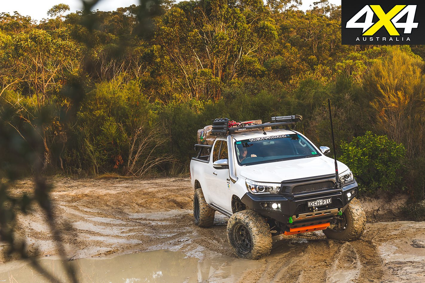 Toyota-N80-Hilux-offroad