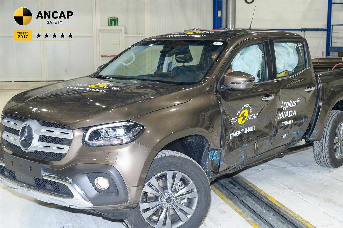 2018-Mercedes-Benz-X-Class-gets-AEB-as-standard-crash-test