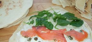 Flat bread with salmon